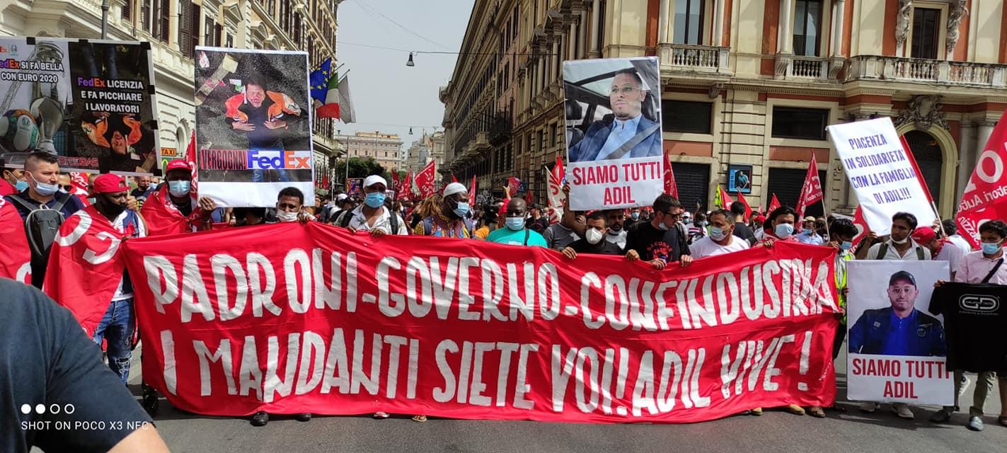 """Roma, 25 mila in piazza: """"Adil vive, subito lo sciopero generale contro la violenza padronale"""""""