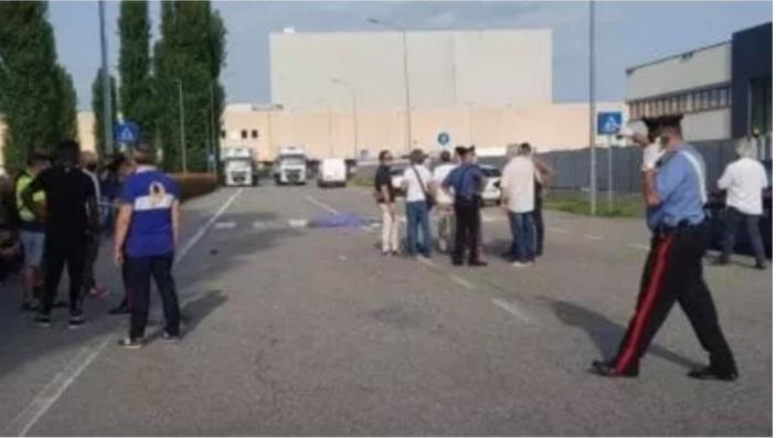Novara, camion crumiro forza un presidio di lotta: assassinato un militante sindacale