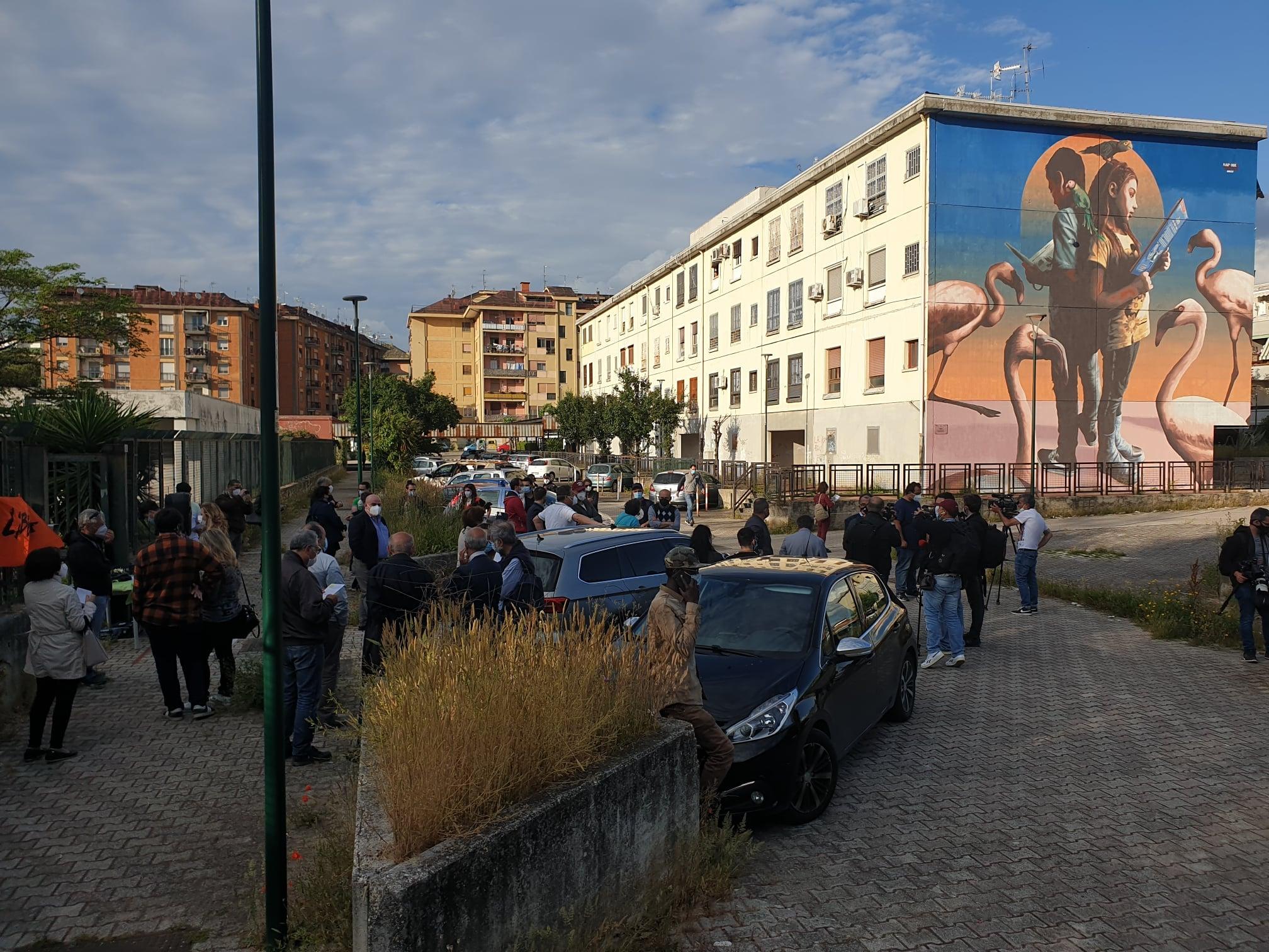 Napoli, guerra tra bande camorristiche: esplode ordigno a Ponticelli
