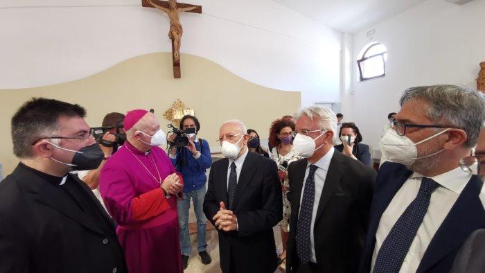 """Salerno, lettera ai vertici del Vaticano: """"La Chiesa deve essere indipendente. Evitare di propagandare De Luca"""""""