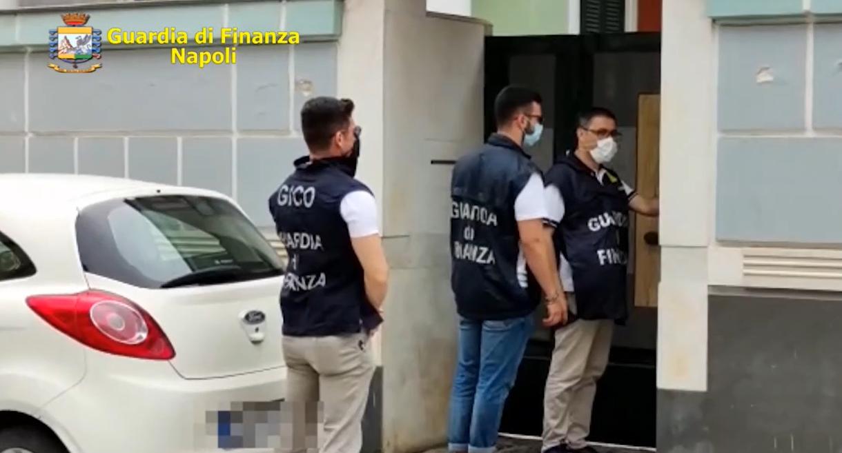 Camorra, confiscati beni per oltre 17 milioni di euro al clan Mallardo