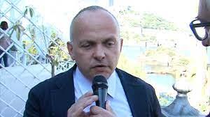 """Napoli,  condannati per corruzione l'ex giudice Capuano e il consigliere municipalità """"arancione"""" Di Dio"""