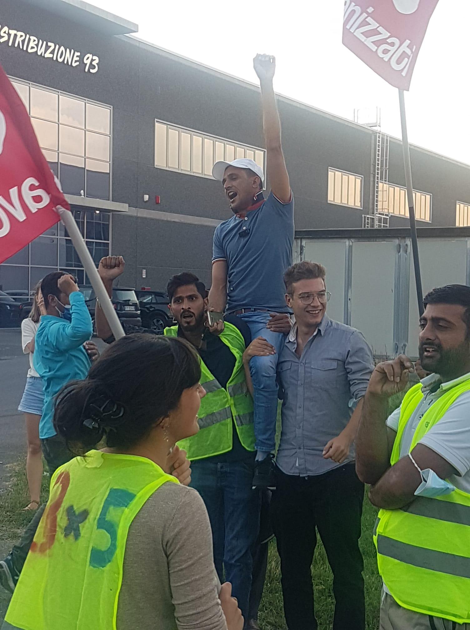 Texprint, la vittoria del sindacalismo indipendente e militante: licenziamento illegittimo. La lotta paga