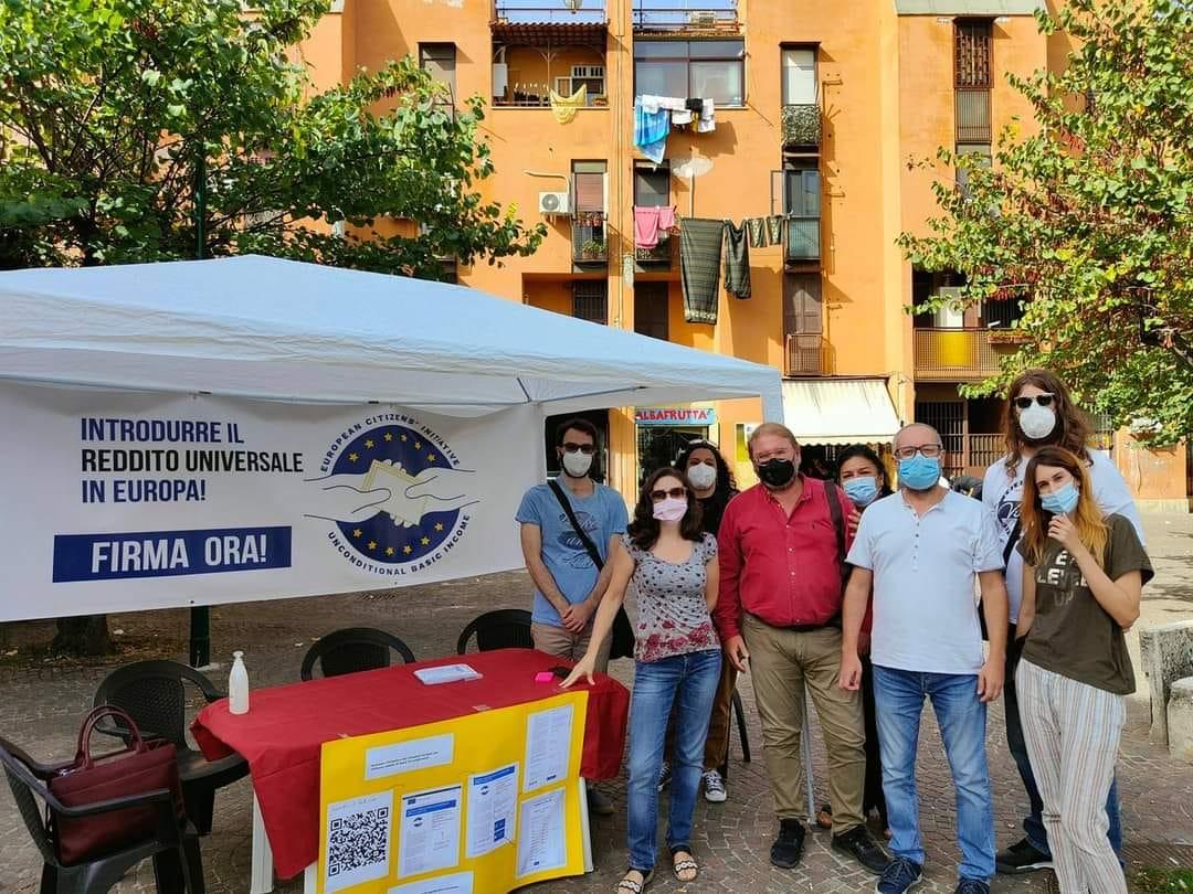 Napoli, parte la raccolta firme per il reddito universale