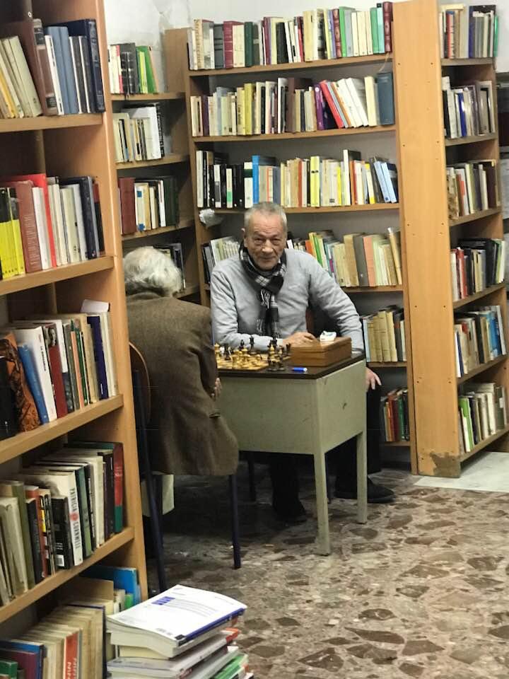 Napoli, si è spento Tullio Pironti, l'editore-libraio di piazza Dante