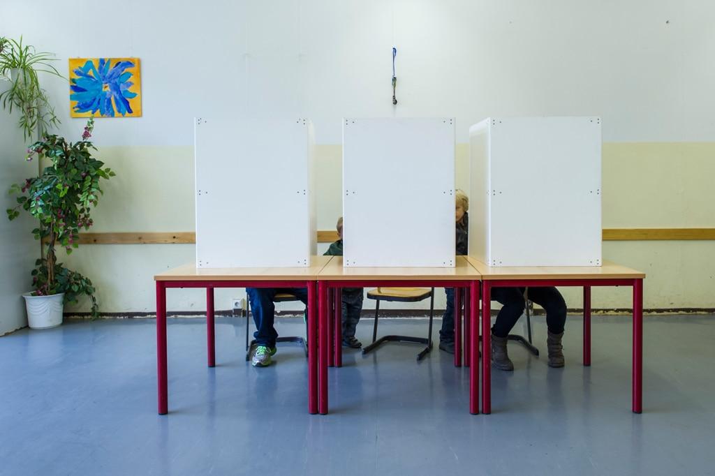 Elezioni comunali: alle 19 è del 33,18 l'affluenza alle urne. Calo di 13 punti